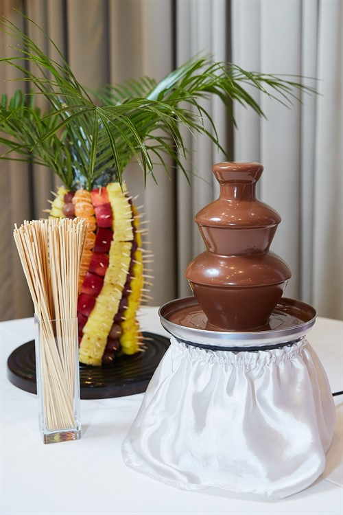 chocolate fountain 17